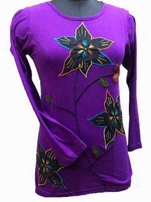 Purple long hippie-chic top with large embroidered flowers