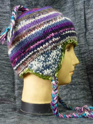 Earflap hats in mixed colors and lined with fleece